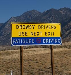drowsy_driving_signage as a reminder to pull over if you are sleepy
